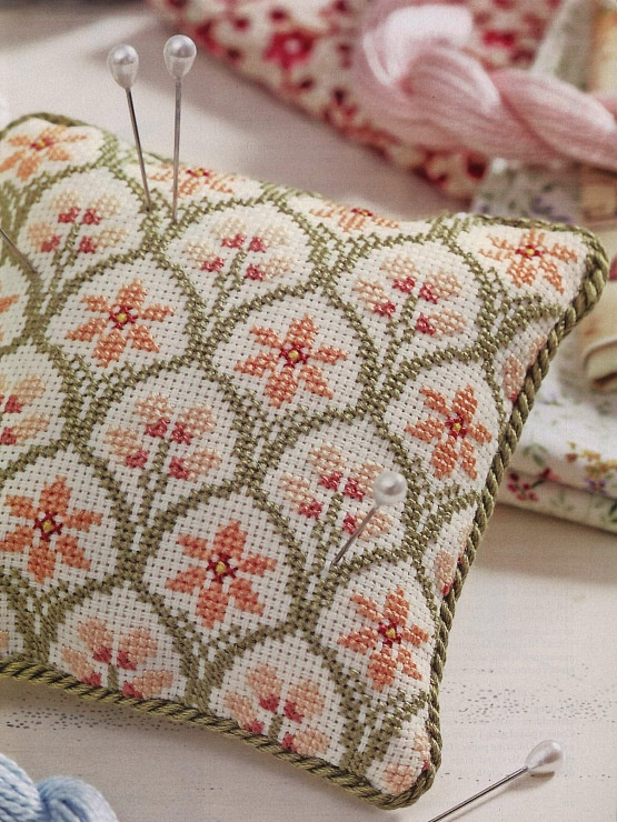 #crossstitch #flower #pincushion