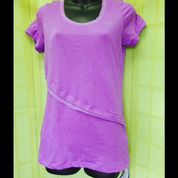 "CAMERON DIAZ MOVIE Sample! SHAPEWEAR REEBOK SAMPLE MADE FOR CAMERON DIAZ FOR THE MOVIE! ONE OF A KIND! This sample along with many other reebok shirts were made for Diaz for the filming of the movie""What To Expect While Your Expecting"". Please feel free to check out my work on IMDB as I am a costumer for the movie industry. (PURPLE PLAY DRY FABRIC, FIT IS VERY SMALL AND TIGHT) Reebok Tops"