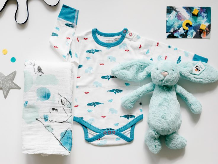 So many animals featured in our Thoughtful Offering 'Exhibition'. Featuring the Sapling Child Origami print In Juniper, the scene is really set for pairing with Jellycat Aqua Bashful Bunny and Aden + Anais Giraffe Gaze Muslin. Modern New Baby Boy Gift Hamper | Exhibition  | Young Willow