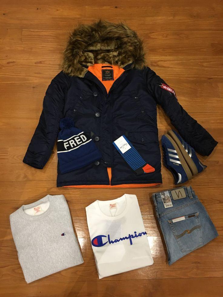 "Blog #RivendelMadrid ""British Outfit Enero"" #alphaindustries #cazadora #jacket #champion #sudadera #sweater #camiseta #tshirt #nudiejeans #pantalones #denim #adidasoriginals #zapatillas #footwear #happysocks #calcetines #socks #fredperry #gorro #beani #guardarropa #wardrobe #madrid #fredperrymadrid http://www.rivendelmadrid.es/blog/"