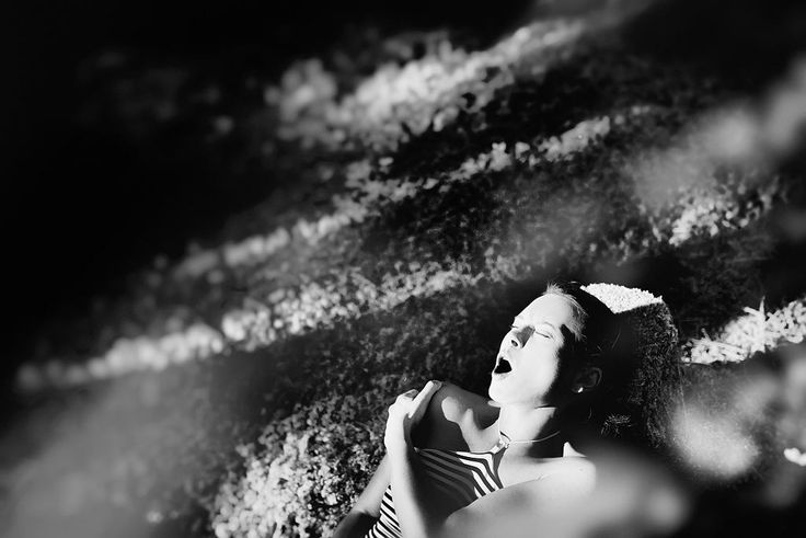 Zdjęcie numer 11 w galerii - Fotograf poprosił kobiety, żeby przeżyły orgazm…