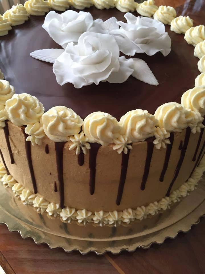 Karamell torta roppanós csokival Eta módra:-)