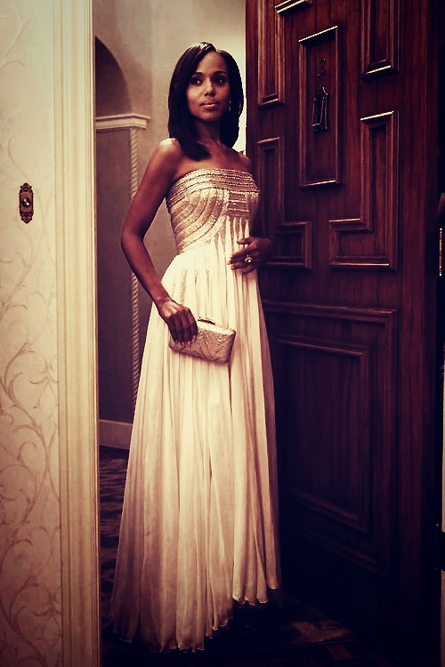 This whole episode.. but I looove this dress. Perfect. (Jean Fares Couture)