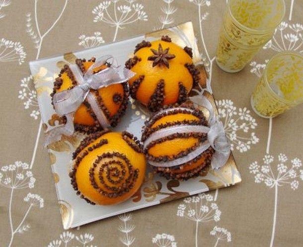 Come fare un centrotavola di Natale con le arance