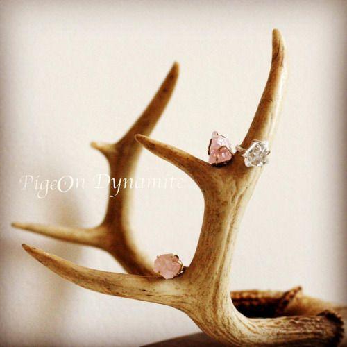 Rose Quartz and Herkimer Dianond. www.PigeonDynamite.etsy.com ローズクォーツとハーキマーダイアモンドはクリーマからも販売中❤️#etsy #pigeondynamite #etsyjewelry #herkimerdiamond#ring#rosequartz#handmadering#madeinnyc#oneofakindjewelry#christmas#holiday#指輪#クリーマ#クリーマジュエリー#ハーキマーダイアモンド#ローズクォーツ#ハーキマーダイヤモンド#リング#一点もの#世界にひとつ#ギフト#クリスマス#ホリデーシーズン#贈り物#自分へのご褒美#ご褒美ジュエリー#ニューヨーク#アクセサリー