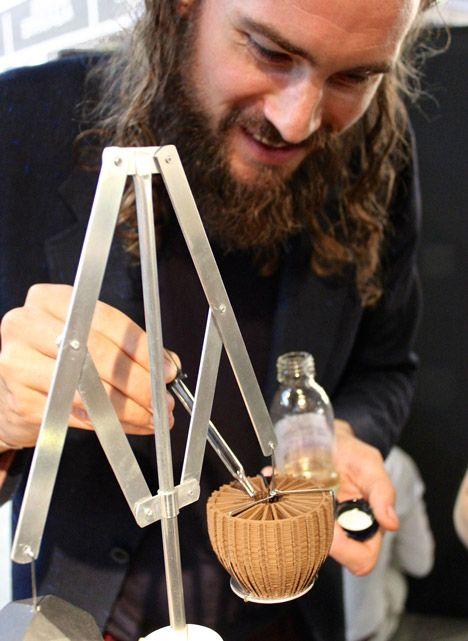 3D-printed perfume tools by Unfold and Barnabé Fillion | design #3DPrinterest #lovedesign #love3Design #3DPrint