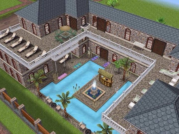 35 best images about sims freeplay on pinterest house for Casa de diseno sims freeplay