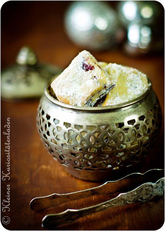 Kleiner Kuriositätenladen: Stollenkonfekt mit Cranberries und Pistazien