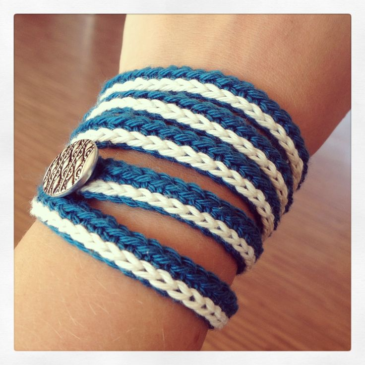 Navy crochet bracelet with single crochet accent and button