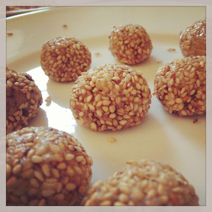 Pâtes de sésame aux dattes #vegetalien #vegan
