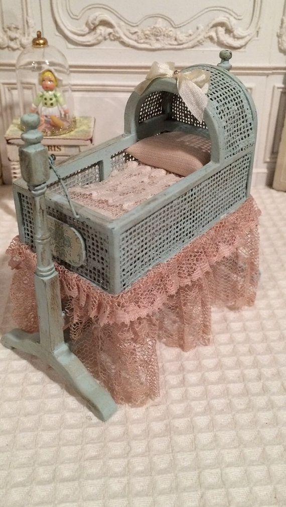 Dollhouse Miniature 1:12th Scale Cradle