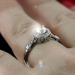 design build and create your own engagement ring online miadonnacom