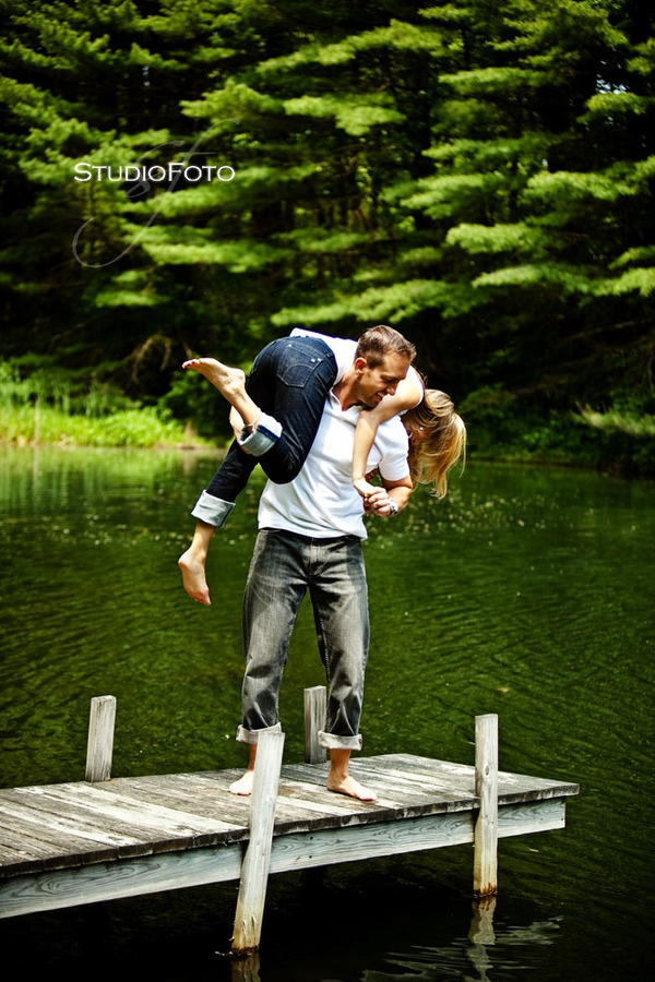 Cute idea for an engagement picture!