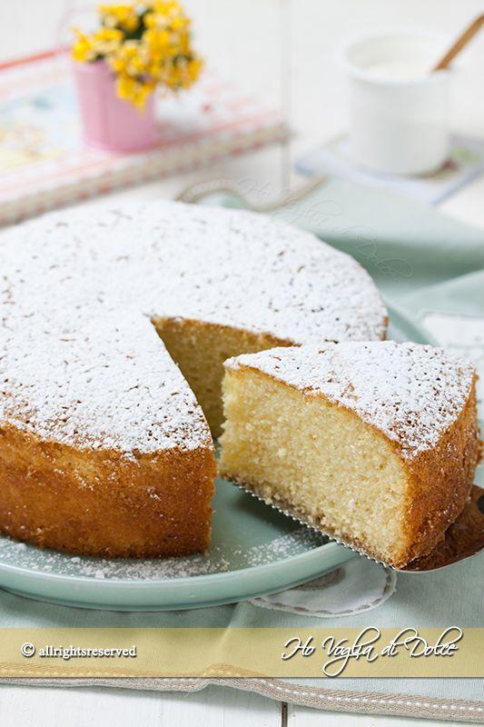Torta sette vasetti una torta allo yogurt senza burro e senza bilancia. Un ricetta facile, veloce, un dolce sofficissimo per la colazione e la merenda