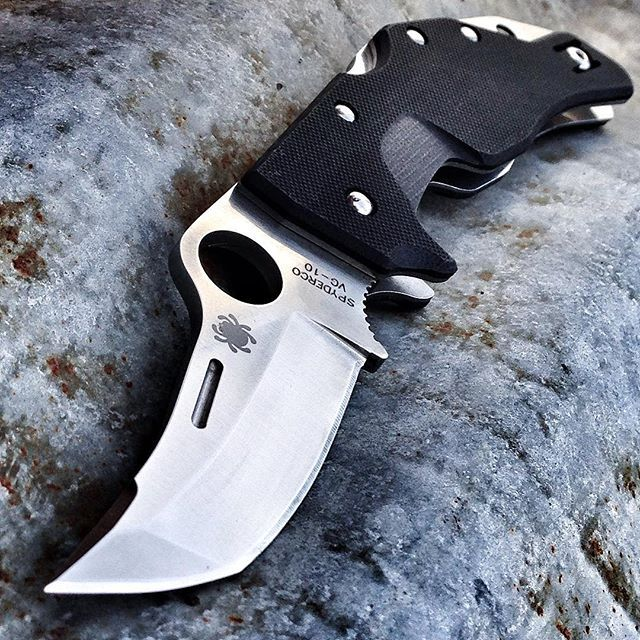 Spyderco Battlestation #spyderco #spydercoknives #knife #knives #edc #knifeporn #knifepics #knifecommunity #knifestagram #knifecollection #knifenut #knifenuts #knifefanatics #usnfollow #knifegasm #everydaycarry #everyday_tactical #knifelife #knifeaddict #knivesdaily #knivesofig #bestknivesofig #pocketknife #usnstagram #knifeart #knifecollector #edcknife