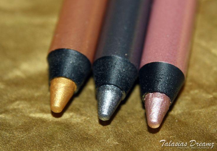 agnes b. Liner metallic, more photos (swatches & make up): http://www.talasia.de/2012/11/08/agnes-b-lidstift-metallic-kollektion-gold-hoch-drei/