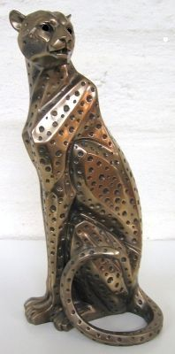 Cheetah Sitting Bronze CF002