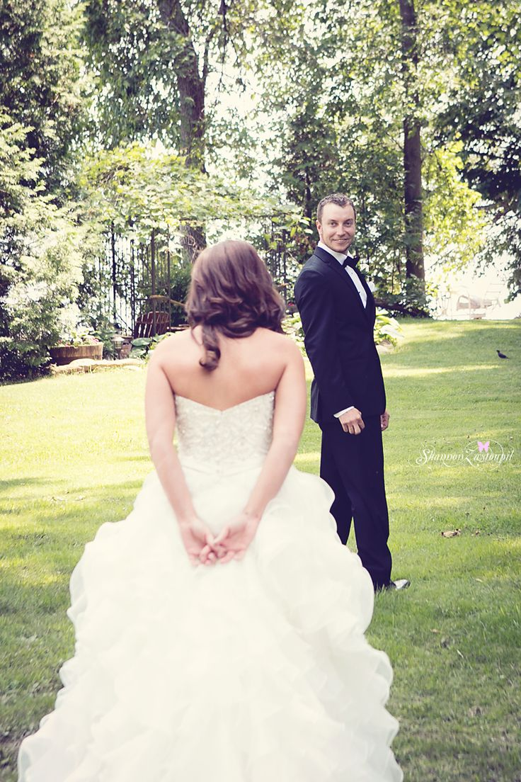 grooms reaction to bride, first look