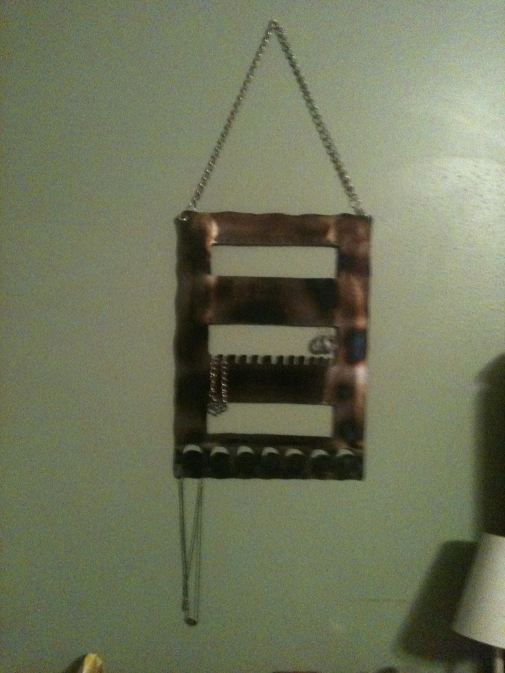 Smaller jewelry holder !!!!