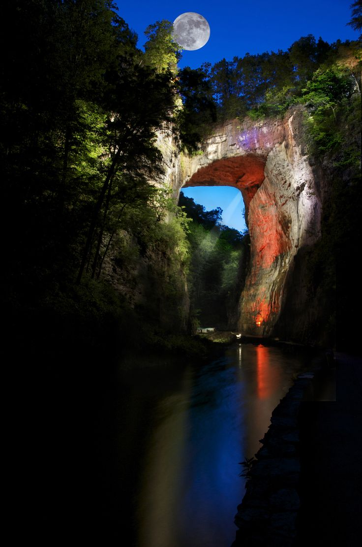 Moon - Natural Bridge, Virginia... Absolutely no reason i shouldnt go see this for myself!