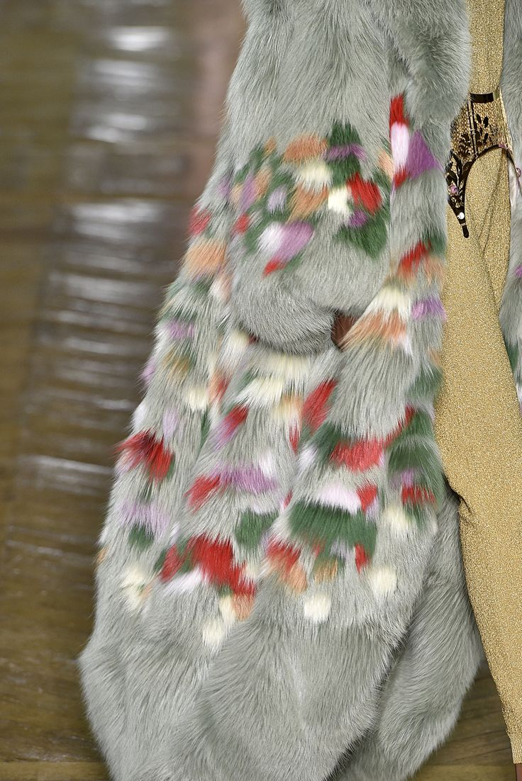 Ulyana Sergeenko, Paris.  #fur #fashion #hautecouture #AW16