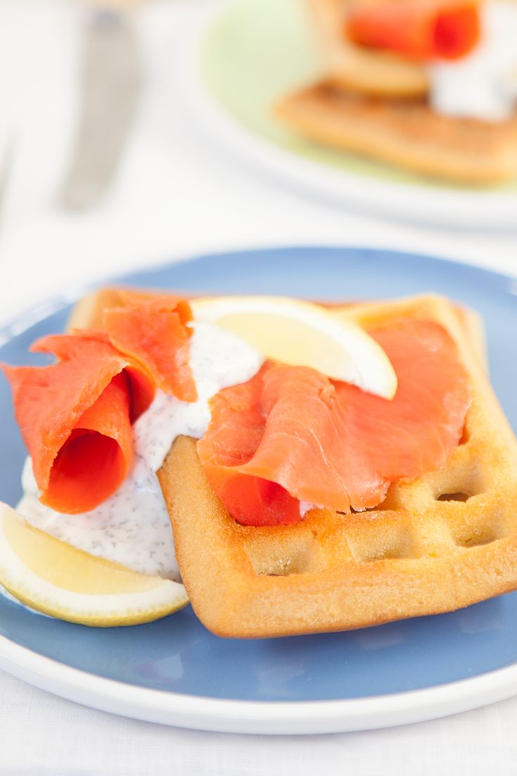 #Epicure Lemon Dilly Smoked Salmon Waffles (270 calories/serving)
