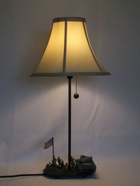 Toy Army Men Lamp With Tank Ooak Boy Rooms Pinterest Army Men Army And Bedrooms