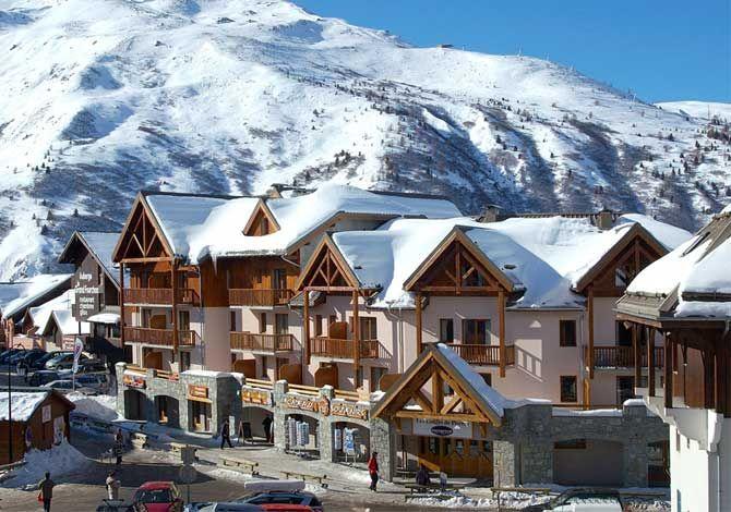 vacances au ski pas cher Valmeinier, Pack tout compris Lodges de Pierre prix promo séjour Opodo à partir 532,00 € TTC