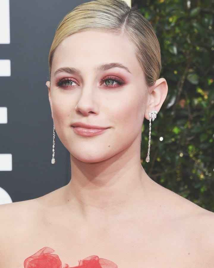 Have You Got It Yet This Is The Color Of The Eyeshadow Trend Eyeshadow Trends Lili Reinhart Eyeshadow