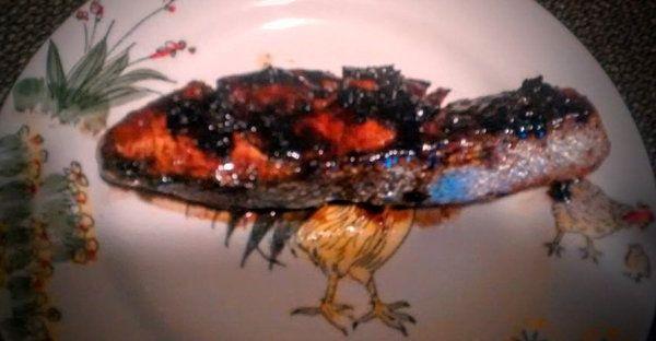 Balsamic-Glazed Cracked Pepper Salmon - Clean Eating