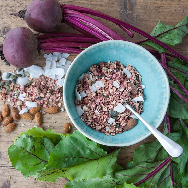 Primrose's Kitchen Raw Beetroot & Ginger Muesli – OOSTOR.com