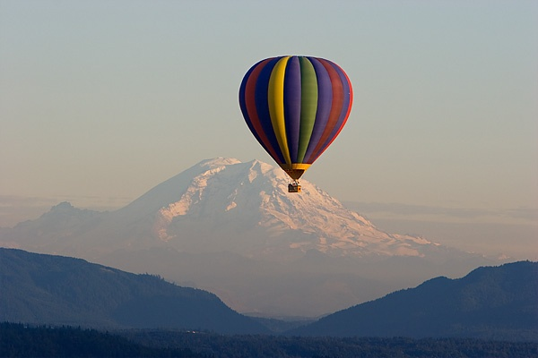 I want to go on a hot air balloon ride!  How romantic