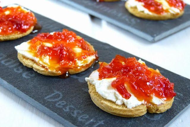 Pimientos confitados. Ideales para servir de aperitivo con queso philadelphia.