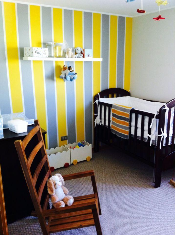 Nursery / Pieza niño en amarillo y gris By CPU