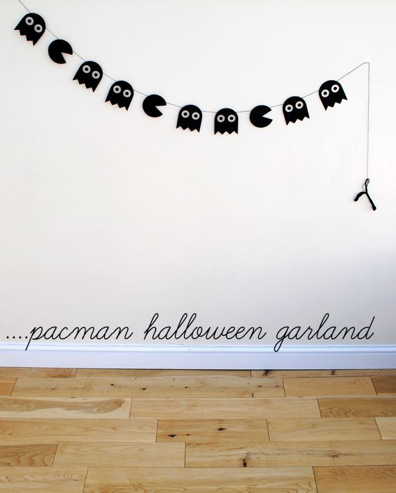 Pacman Halloween Garland from Craft Tutorials Galore at Crafter-holic!