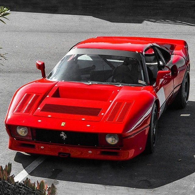 Before the F50, before the F40, there was this bit of awesomeness:  Ferrari 288 GTO