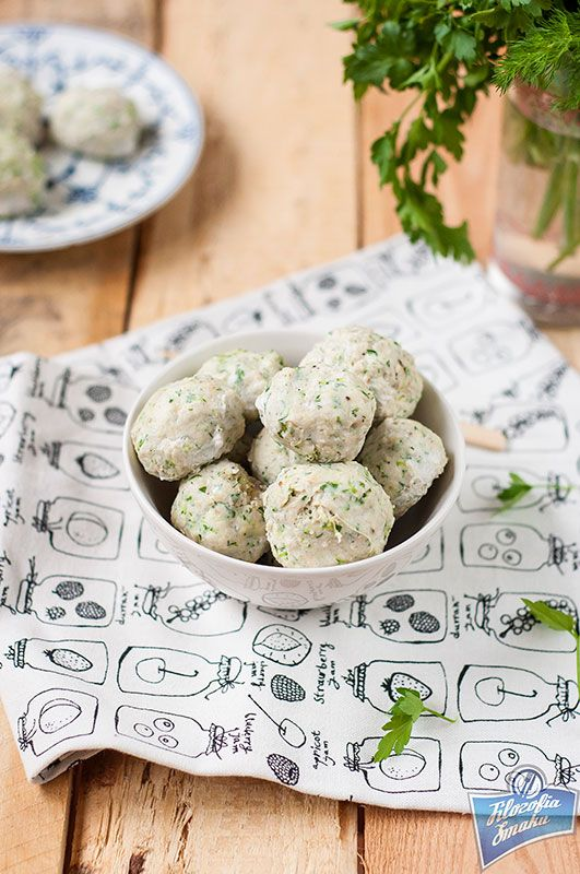 Chicken Meatballs with Zucchini and Dill /Pulpety z kurczaka z cukinią i koperkiem