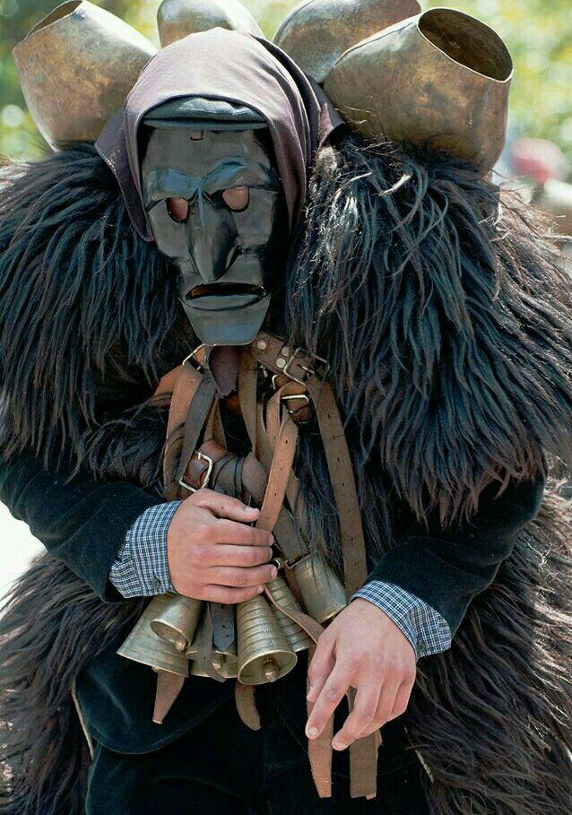 Mamuthone #Mamoiada #Nuoro - Mask of Sardinia