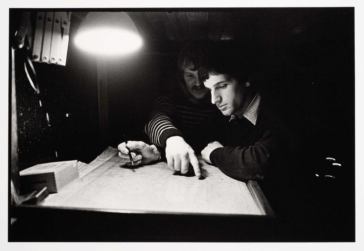 HD57 Elvira. Op de brug van een rondviskotter, Joost Guntenaar, 1981