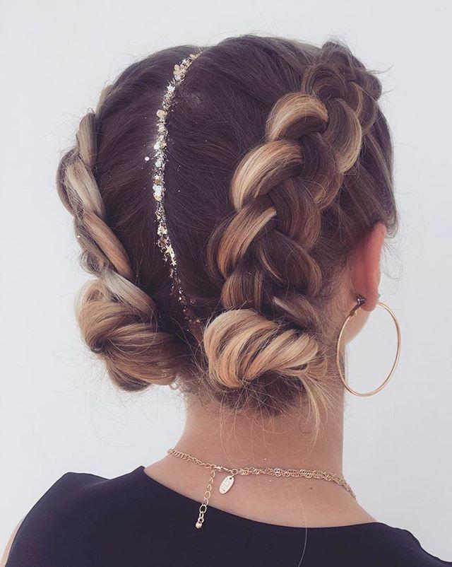 57+ Praktische und faszinierende Modefrisuren (2019) Haare sind unerlässlich, um schön auszusehen. Deshalb müssen wir sie von einem …