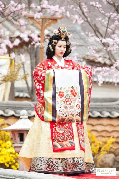 Hanbok : Korean Traditional Dress (Choseon Dynasty)