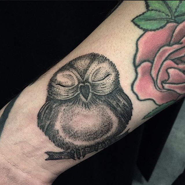 owl tattoo, cute tattoo, black and grey tattoo, dotwork tattoo