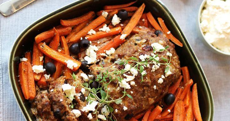Köttfärslimpa med fetaostcrème och rostade morötter
