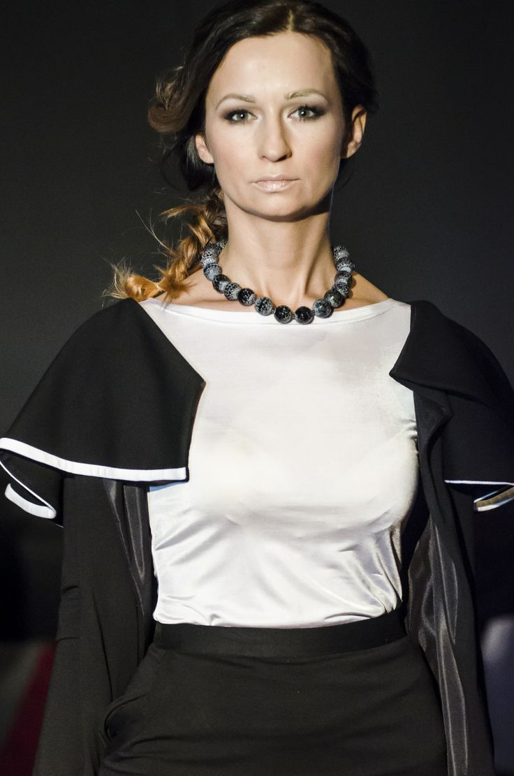 Pokaz mody - MADLESS i biżuteria VENIS