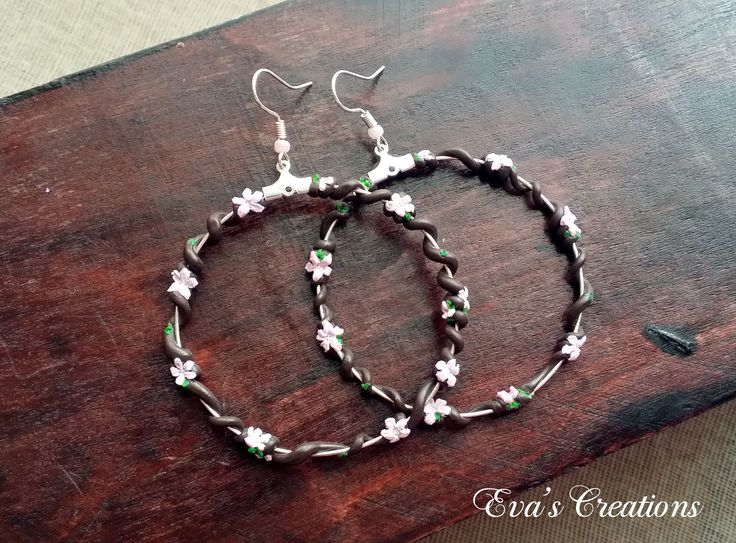 Almond open circle earrings