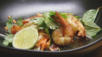 Crunchy Thai Salad with Prawns and Caramelised Coconut Dressing