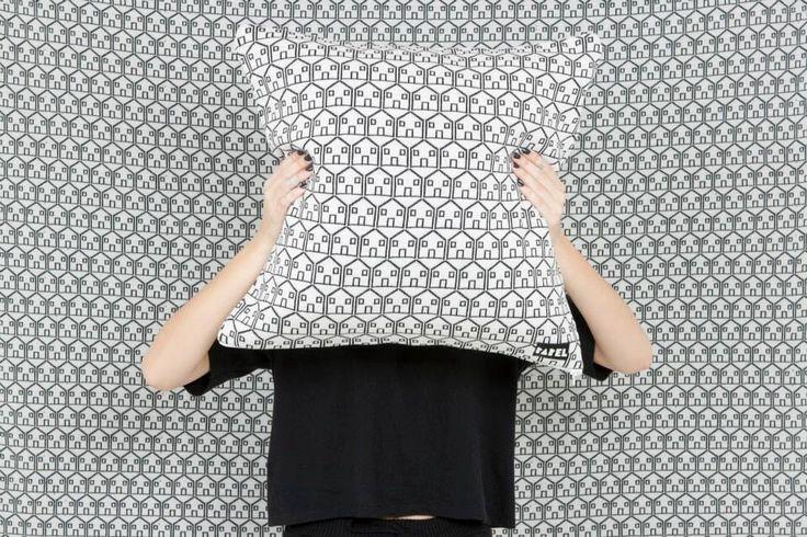 House (manta & cushion)