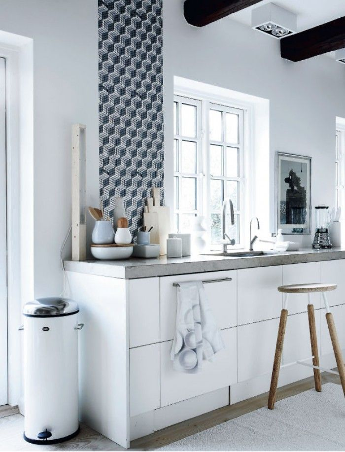 Behang Keuken Vtwonen : Anna White Kitchen Cabinets