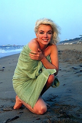 Marilyn...she doesn't look the same, is it the make-up or was she constantly having cosmetic surgery tweeks?