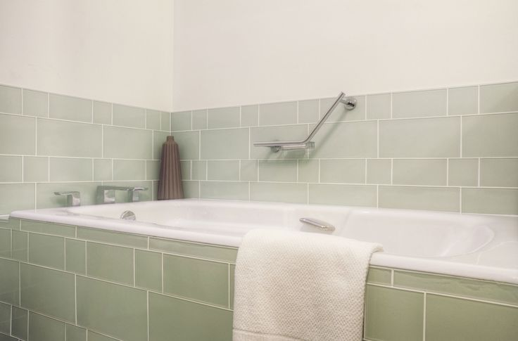 Glass Tile for Bathrooms & Kitchens - Time to Build